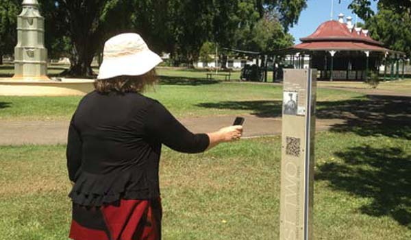 Digital heritage trail signage, Lisner Park, Charters Towers