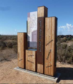 Orientation display at the entry to the Mungo National Park Pastoral Heritage Loop